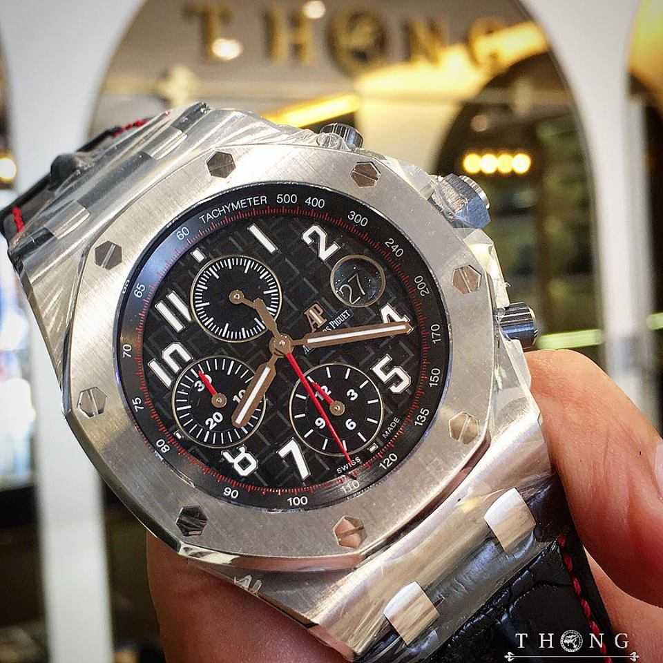 Audermars piguet royal oak offshore 26470st vampire for Royal oak offshore vampire